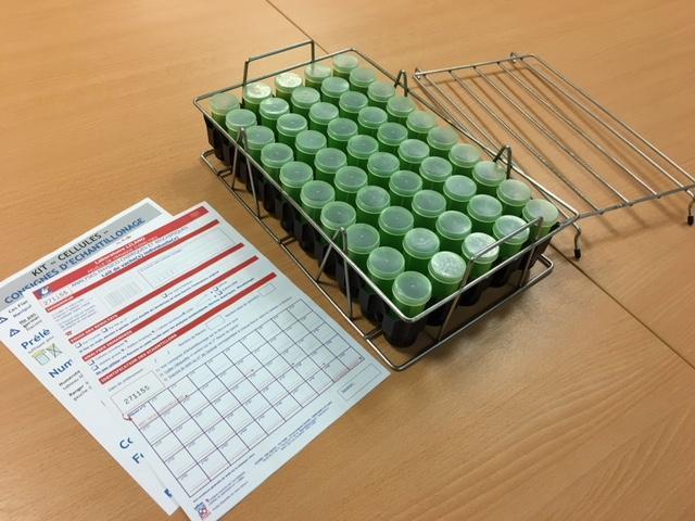 Détail du kit pour prélèvements d'échantillons de lait de vaches individuelles